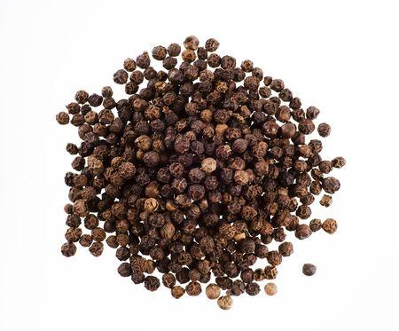 peppercorns: Heap of black peppercorns - studio shot