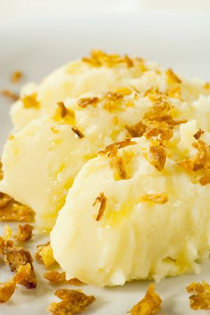 browned: Mashed potato topped with browned onion