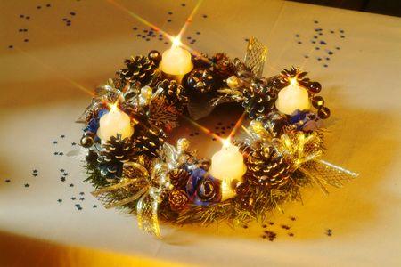 Advent wreath Stock Photo - 5379296