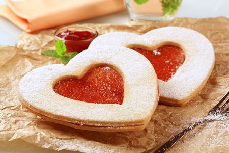 teacake: Heart shaped shortbread cookies with jam filling