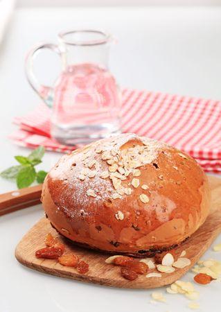 avena en hojuelas: Barra de pan dulce cubierto de copos de avena