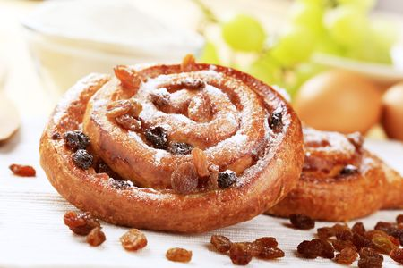 raisin: Danish pastry with raisins
