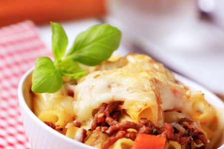 sause: Rigatoni with Bolognese sause and cheese