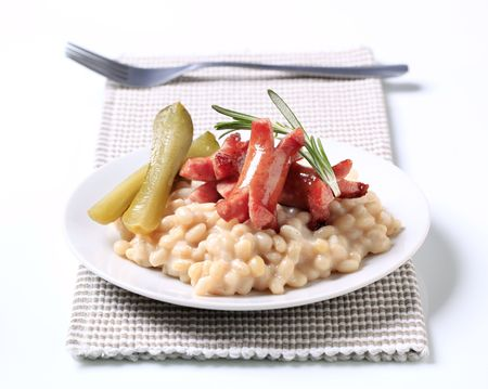 lima beans white beans: White bean salad with sausages and pickles