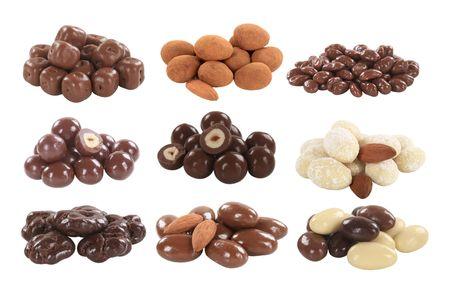 avellanas: Chocolate cubierto de frutos de c�scara y frutos secos - recorte  Foto de archivo
