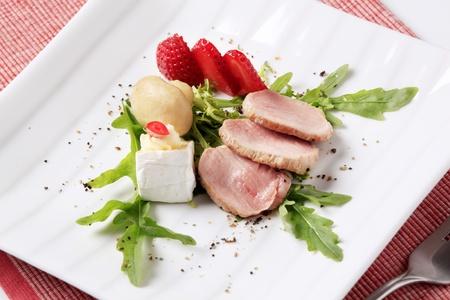 accompagnement: Tranches de filet de porc r�ti et accompagnement