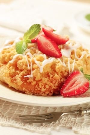 Breakfast pastry with crumb topping served with strawberries Stock Photo - 8696237