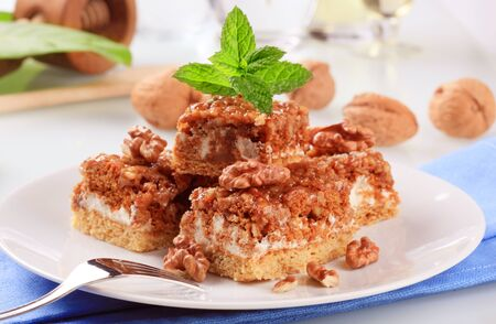 walnut cake: Pieces of walnut cake with caramel topping