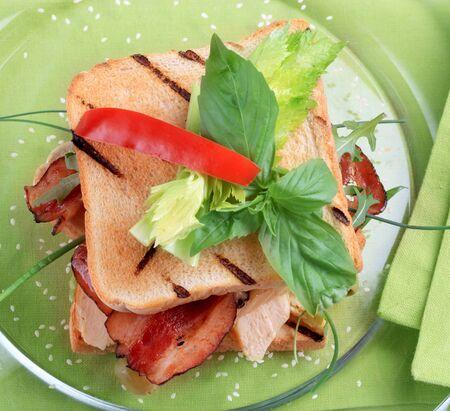 turkey bacon: Alla griglia Turchia e bacon panino - overhead
