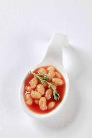 sauce tomate: Haricots blancs � la sauce tomate