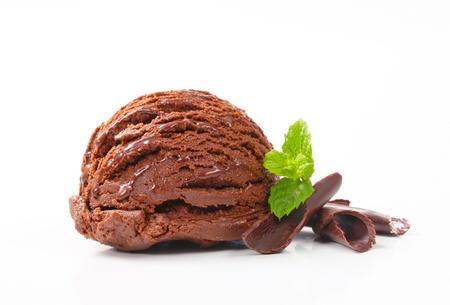 chocolate curls: Scoop of chocolate ice cream