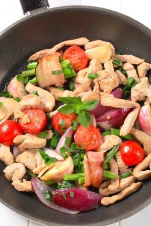 Chicken and vegetable stir fry photo