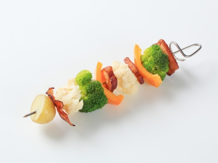 belly pepper: Pieces of vegetables and  pork belly on metal skewer