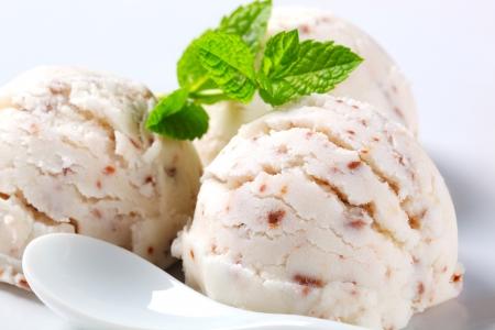 stracciatella: Vanilla ice cream with bits of chocolate