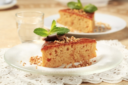 spice cake: Slice of maple syrup spice cake
