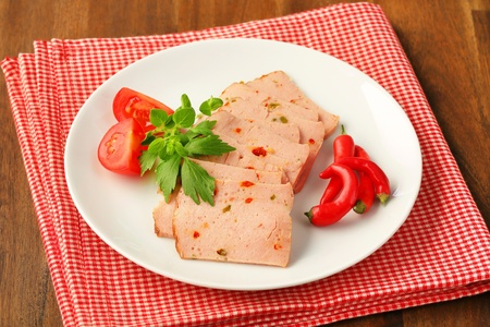 thinly: Thinly sliced German style meatloaf