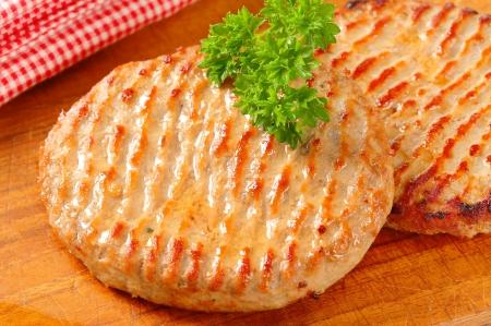 pan fried: Pan fritto hamburger polpette sul tagliere