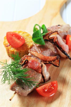 pancetta cubetti: Di maiale alla griglia e allo spiedo pancetta