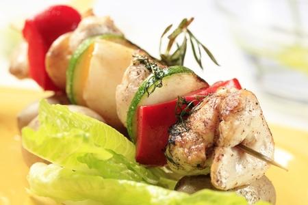shish kebab: Grilled chicken shish kebab - detail