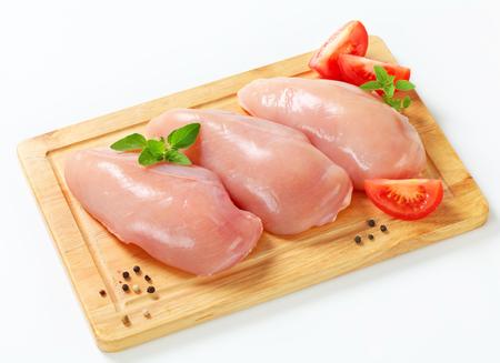 Syrové bez kůže kuřecí prsní řízky Reklamní fotografie - 25033175