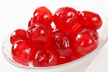 stoned: Stoned maraschino cherries candied in sugar syrup