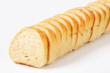 pain blanc: Longue miche de pain blanc - tranch�