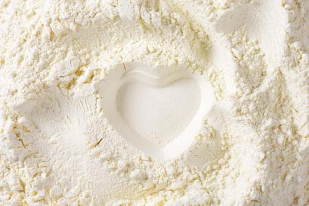 Farine moulue finement adapté pour des recettes de gâteau Banque d'images - 33671179