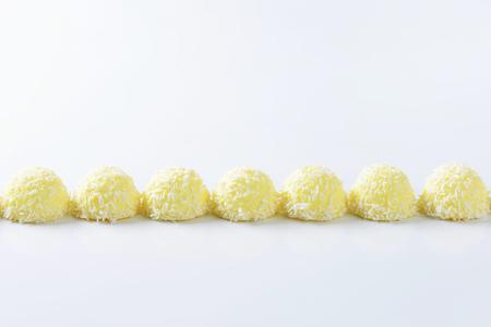 boule de neige: Chocolat blanc noix de coco Snowball Truffes