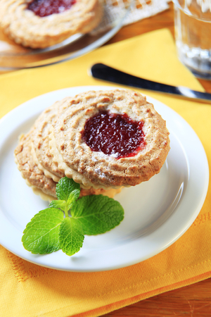 shortbread: Jam shortbread cookies with almond topping