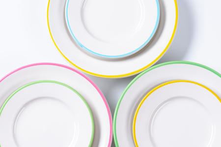 rimmed: Conjunto de placas de montura con bordes de color pastel Foto de archivo