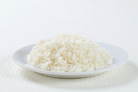 Plate of cooked white rice Standard-Bild