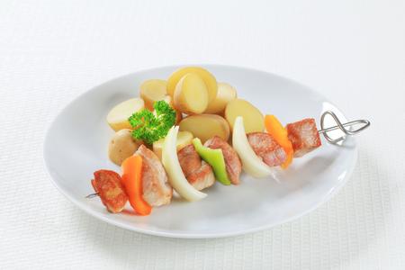 shish: Shish kebab with new potatoes