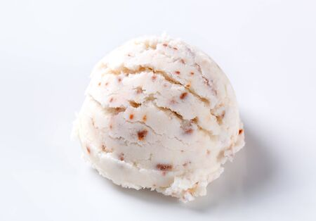 stracciatella: Scoop of stracciatella ice cream
