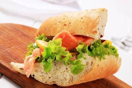 whole grain: Whole grain baguette with salmon