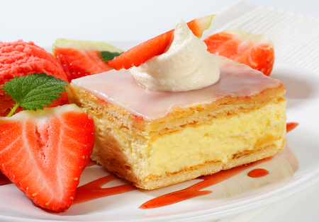 custard slice: Custard (Vanilla) Slice with fresh strawberries and ice cream