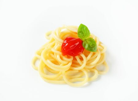 catsup: Cooked spaghetti with tomato sauce