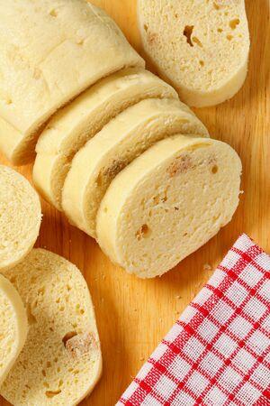 pain blanc: Plat d'accompagnement - Tranches de blanc boulette de pain