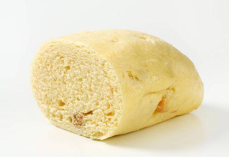 pain blanc: Quart de blanc boulette de pain en forme de pain-