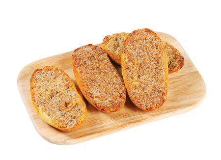 melba: Crujiente Melba tostadas con canela