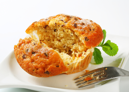 stracciatella: Vanilla muffin with fine chocolate flakes