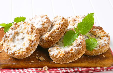 apple crumble: Apple crumble cookies dusted with icing sugar Stock Photo