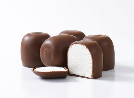 teacake: Marshmallows coated in milk chocolate