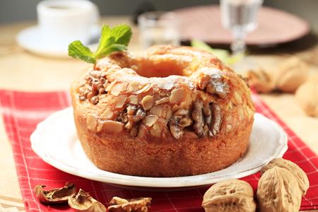 pound cake: Walnut and almond pound cake