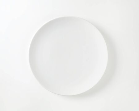 coupe: Coupe shape white dinner plate