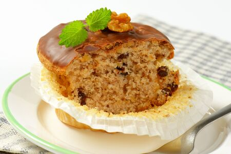 chocolate chips: Walnut muffin with chocolate chips