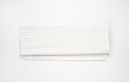 ribbed: Handmade woven ribbed white cotton placemat