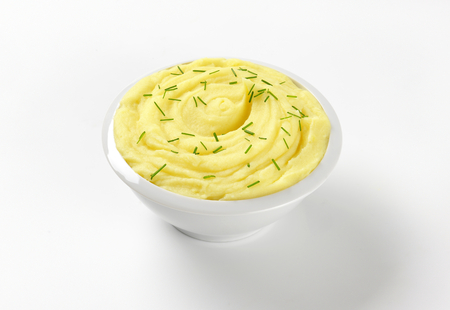 puree: bowl of potato puree with chopped chives