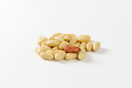 shelled: Heap of unsalted shelled peanuts