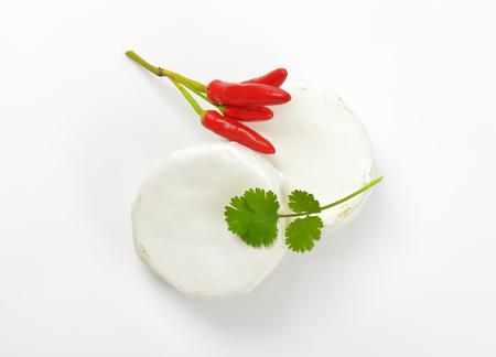 フロマージュブランと赤唐辛子の車輪 写真素材