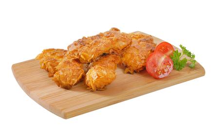 Frita, maíz, copos, corteza, pollo, carne, madera, corte, tabla Foto de archivo - 80204942